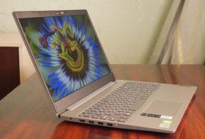 Lenovo IdeaPad 3i emage 2